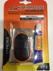 KIT-RIPARA-GOMME-CICLISMO-BICICLETTA-MASTICE-RIPARA-GOMME-291383453719